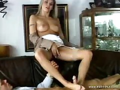 Victoria Swinger - Killer Grip Handjobs