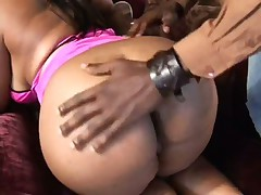 Huge Rump BBW Jiggles On The Ebony Bone