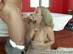 Amber Lynn Bach And Danny Mountain - Seduced By A Cougar