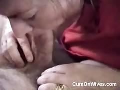 Amateur deepthroat blowjob and mouthful