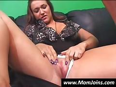 Hottie Mom And Teen Girl Suck Cock In POV