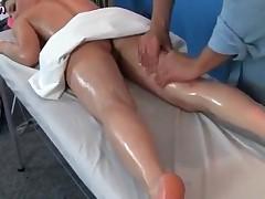 Babe Enjoying Hot Massage And Gets Jizzload
