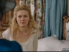 Kirsten Dunst - Kirsten Dunst Shows Her Nipples