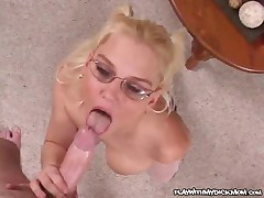 Jaqui Toi - Cum Covered MILF On Cam