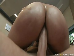 Kya Tropic - Big Wet Butts