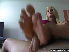 Brooke Lynn - Magical Feet - Dirty Little Foot Model