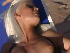 Hot Hungarian Brigitte Bui has poolside threeway