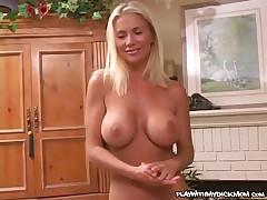 Morgan Wright - MILF Giving Oral Pleasure