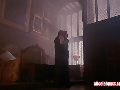 Elizabeth Hurley - Horny And Naked Celebrity