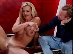 Amber Lynn - Pussymans Snatch Attack