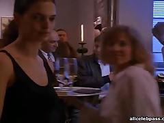 Drew Barrymore - Drew Barrymore Doing A Sexy Dance