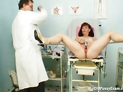 Zita - Zita Mature Woman Gyno Speculum Exam At Clinic