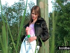 Beata - Nasty Beata Ing Huge Dildo In Tight Quim