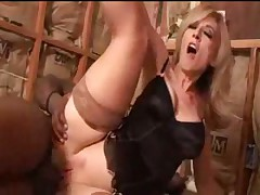 Nina Hartley fucked and jizzed by black cock