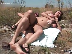 Fat Mature Slut Gets Her Hairy Pussy Fucked Hard By This Big Dick Outdoor By XNPass
