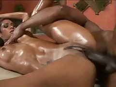 Emanuelle Oiled Brazilian Hottie