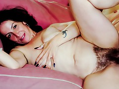 I Am A Mom With Dirty Thoughts! I Fucked My Neighbor On Cam!