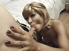 Beautiful tranny hooker get her tight ass fucked hard