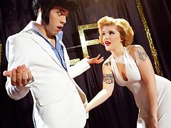 Marilyn takes a big bite of cock sandwhich from her sex icon