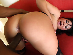 London, fucked by a black cock then sucks off 3 hard cocks!