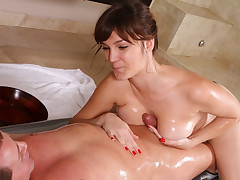 She puts pussy in his face while she deep throats his cock