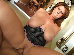 Busty Mom Blows & Bangs Big Cock On Sofa & Ends With Facial