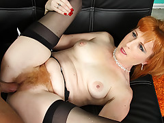 Redhead mother's hairy carpet feels so good to touch & taste