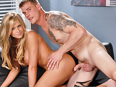 Dacry Tyler gets her pussy slammed by mega hottie Max Steel