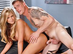 Dacry Tyler gets her pussy slammed by mega hottie Max Steel