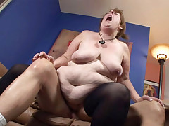 Big fat woman sucking dick & getting her pussy pounded!