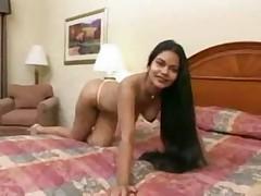 Srilanka girl get fuck by 2 guys