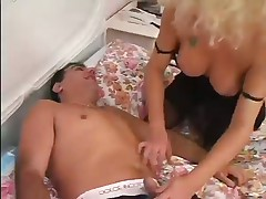 Undergarments Loving Tranny Getting Sucked