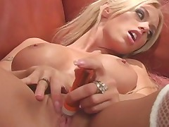 Awesome Blond Girl Pleases Her Cunt With Vibrator
