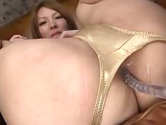 Japanese cutie Rei Toying