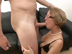 Mature red shoes take assfuck fist anal pussy glas