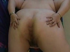 Fat girl shows ass and dildo play