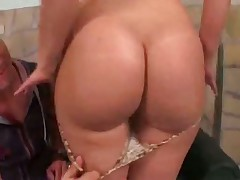 Sloppy facefuck for brunette