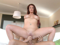 Emma Leigh suck big dick of Moisex