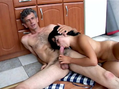 Kloe is making blowjob in the kitchen for Steve