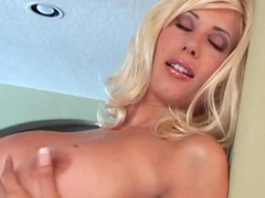 Blonde Puma Swede shows off her lovely booty