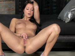 Brunette with pretty natural tits is Tsubomi Kanno