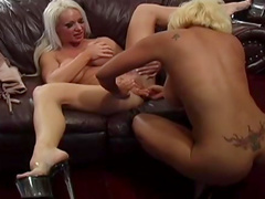 Blondes with big boobs vibrate with toys
