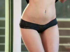 Babe brunette Veronica Radke and her pretty shape
