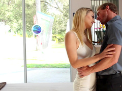 Teen blonde Natalia Starr was fucked in missionary pose