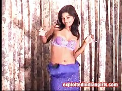 Shipra - Horny Indian Babe Dancing