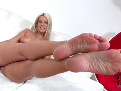 Hot foot fetish scene with Blanche Bradburry
