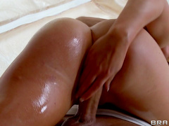 Blonde is banging deep in her tight anal