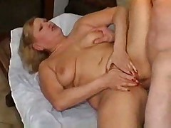 Mature Lotta Noletty gives extra massage