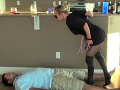 Blonde is humiliating that perverted man