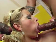 MMF fuck with an insane blonde Sandra De Marco